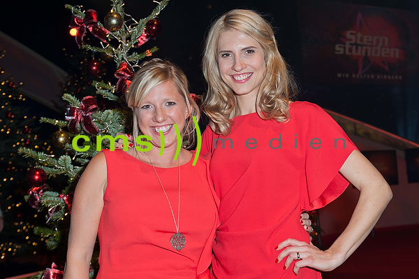 Claudia Koreck + Ania Jools- Sternstunden-Gala 2015, Nuernberg Frankenhalle, 11.12.2015
