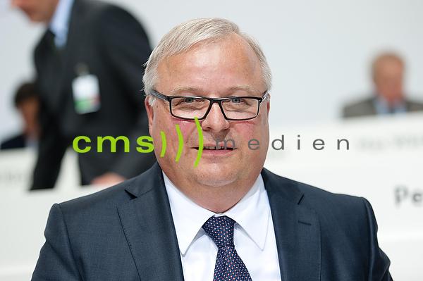 Prof. Dr.-Ing. Hubert Waltl   - AUDI AG Hauptversammlung Neckarsulm 2015
