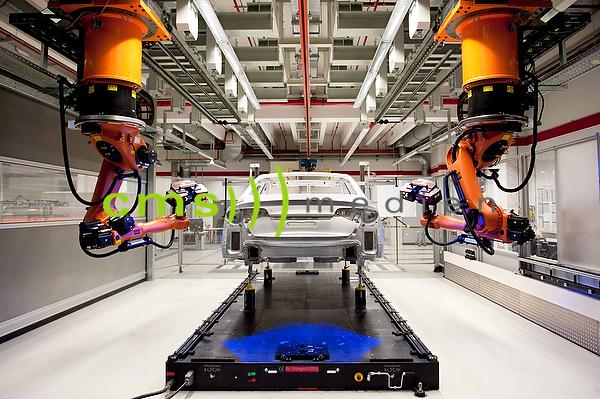 AUDI A8 Qualitätssicherung - Messzelle - AUDI AG - Produktion in Neckarsulm