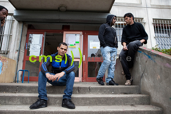 CMS-MEDIEN PRESSEBILDAGENTUR: Refugees and Migrants in Paris, 24.8.2015