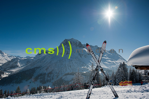 CMS-MEDIEN PRESSEBILDAGENTUR: Skifahren in Lech am Arlberg, Österreich