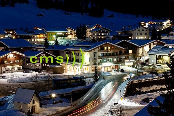 Skigebiet Lech am Arlberg bei Nacht - Fotoposter - Bildnummer 7101