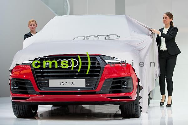 Audi SQ7 TDI Weltpremiere- Jahrespressekonferenz der AUDI AG in Ingolstadt - Audi Forum 3.3.2016