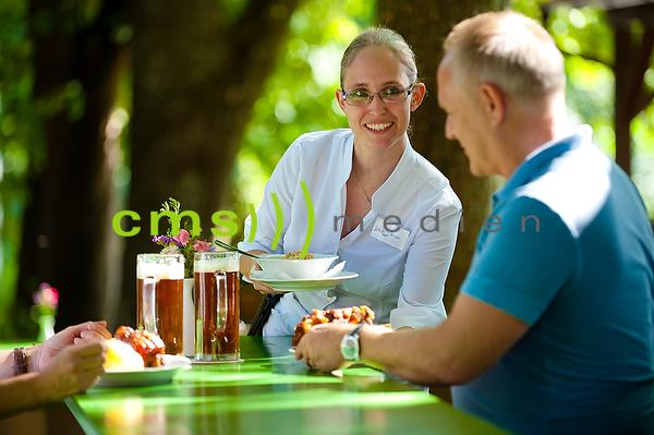 Tourismus: Fränkische Toskana - Fränkisches Schäufele, Fränkische Haxen - Essen und Trinken in Bayern © CMS-MEDIEN.EU